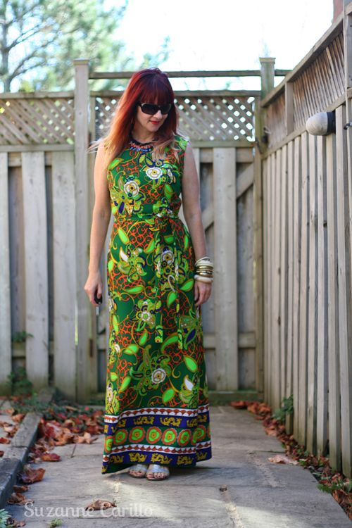 How to wear bold vintage print maxi dresses suzanne carillo