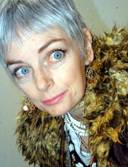 Melanie Bag and a Beret 40+ Blogger