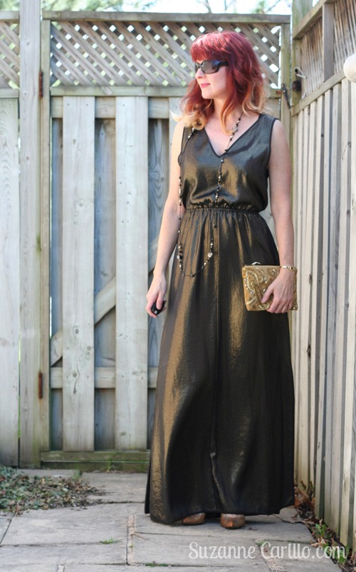 how to wear a maxi dress when you are over 40