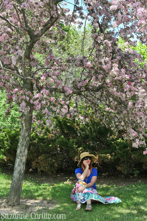 relaxed spring style for women over 40