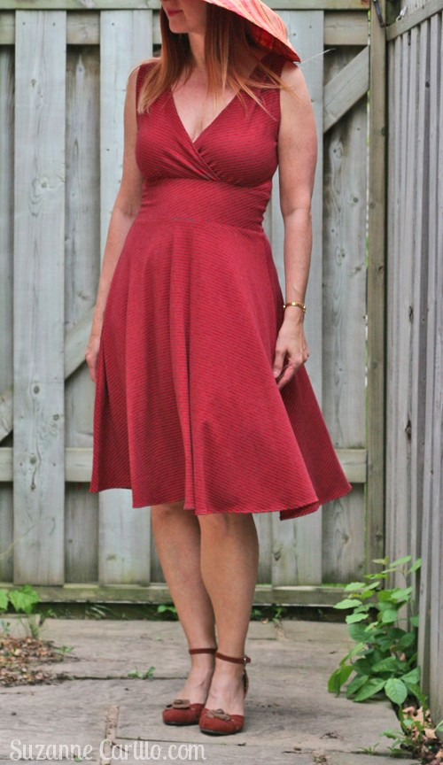The perfect dress for an hourglass figure for women over 40