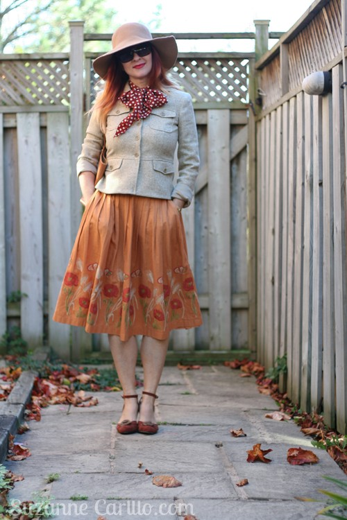 how to wear a full vintage skirt over 40