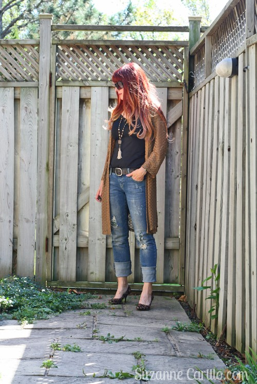 how to wear boho over 40 gold and black suzanne carillo