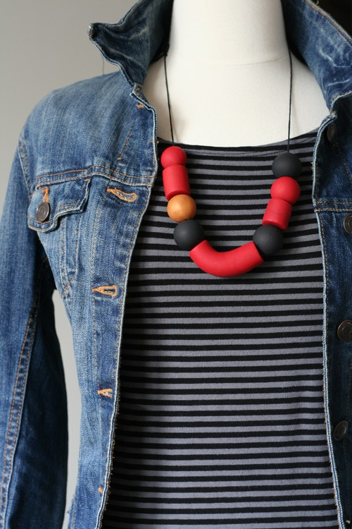 red and black clay necklace suzanne carillo