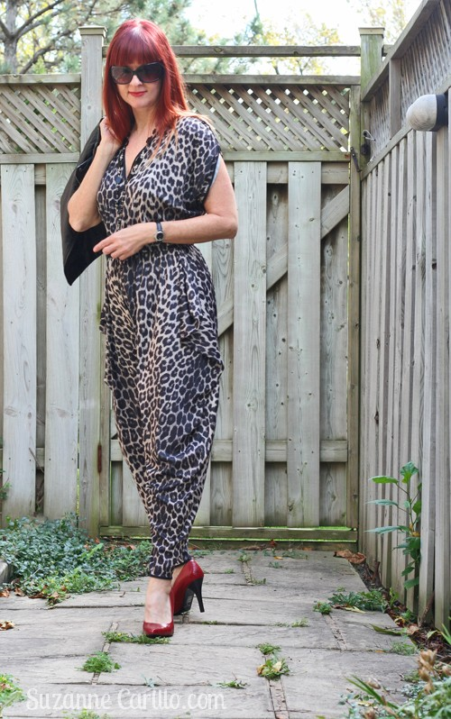 how to wear a jumpsuit 1980s style