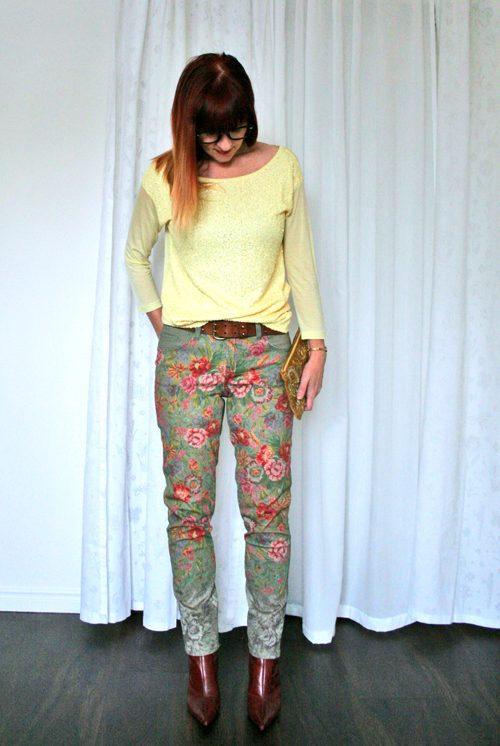 how to wear floral printed jeans over 40 suzanne carillo