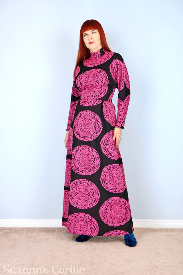 vintage-1970s-handmade-bold-printed-maxi-dress-for-sale-vintagebysuzanne