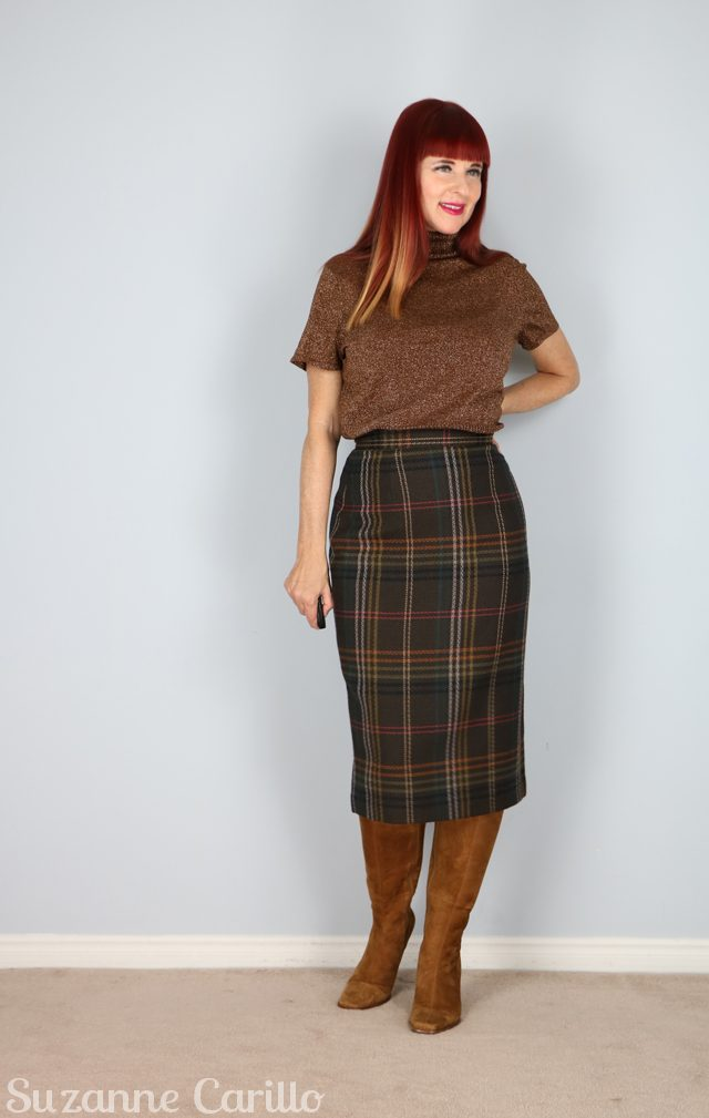 A pencil skirt is a skirt with a narrow and straight cut. It reveals the figure of a woman as it hugs the curves of a woman's body. Usually, the skirt ends at the knee or slightly below it.