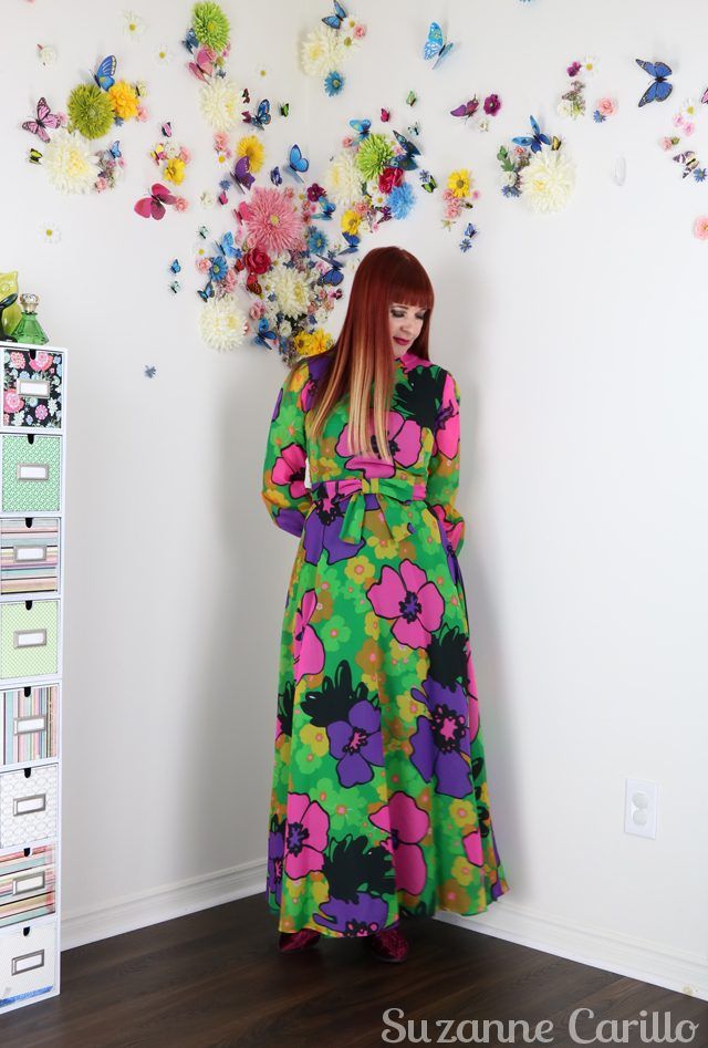 vintage bold floral maxi dress suzanne carillo style