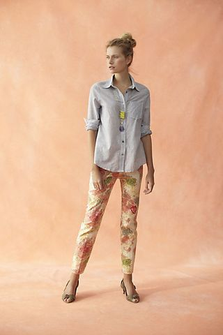 Patterned_pants_woman