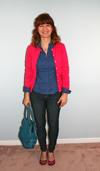 Pink_sweater_blue_shirt_me_front