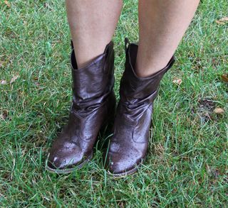 Short brown leather cowboy boots