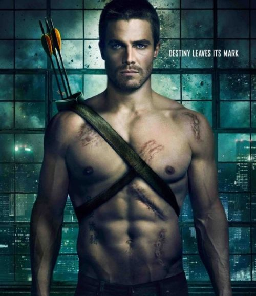 Stephen-amell-arrow-poster1