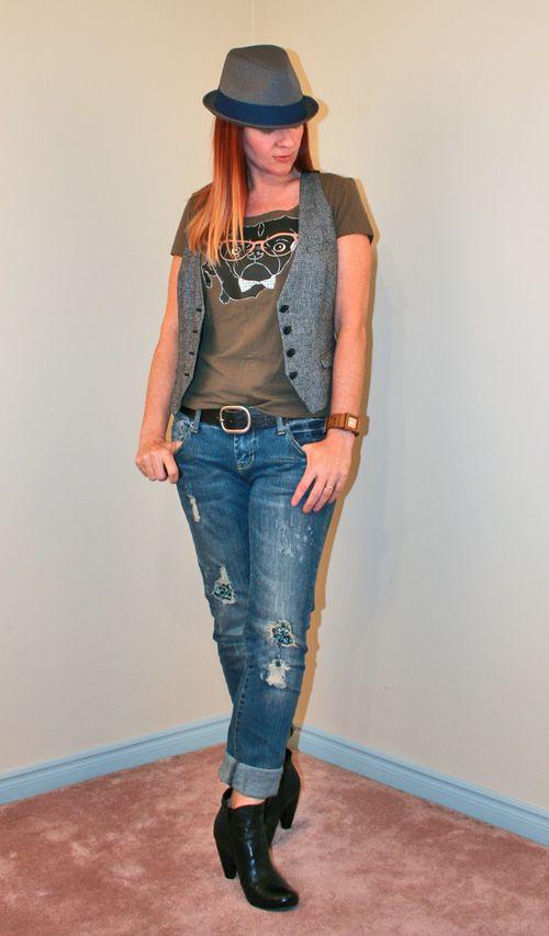 Fedora jeans pug tshirt vest