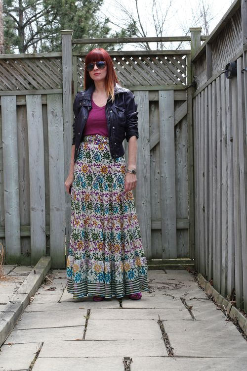 How to style a patterned maxi skirt well