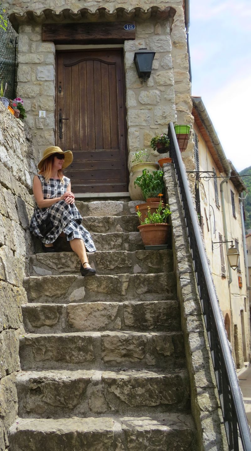 Stairwell french mountains suzanne carillo style files