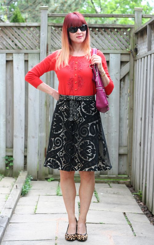 Black lace vintage skirt suzanne carillo style files how to wear vintage anthropologie cardigan
