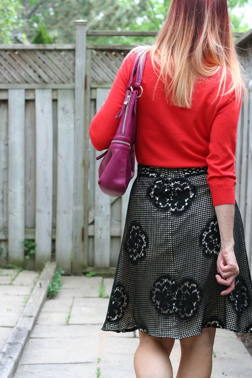 How to style vintage how to wear clashing colours suzanne carillo style files vintage lace skirt