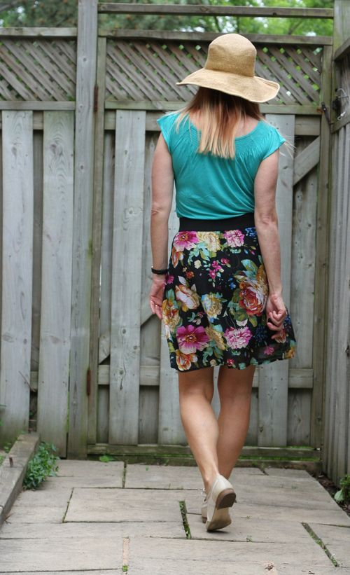 Easy summer style suzanne carillo style files floral skirt