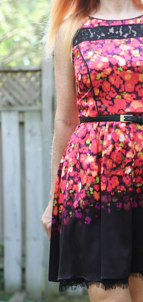 Jessica simpsom floral and lace dress suzanne carillo style files