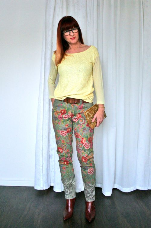Floral pants yellow sequin top spring outfit