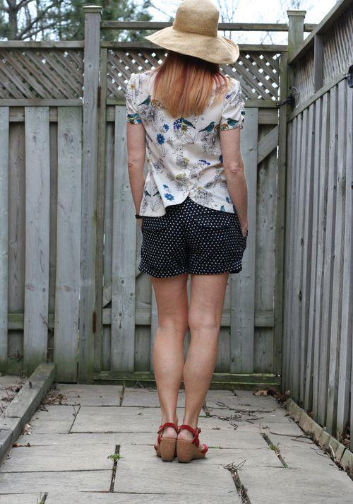 Dorothy Perkins bird blouse anthropologie polkadot short