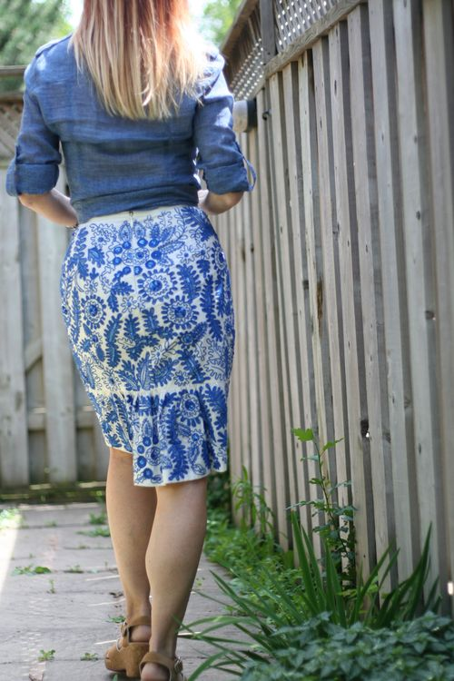 Bluet pencil skirt anthropologie what to wear on vacation in europe suzanne carillo style files