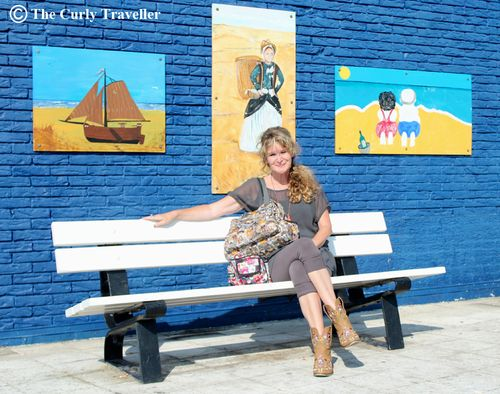 Anja the curly traveller wall art holland suzanne carillo style files