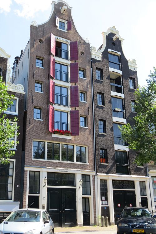 Architecture along the canals of amsterdam suzanne carillo style files