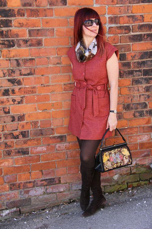 Vintage jewelled handbag