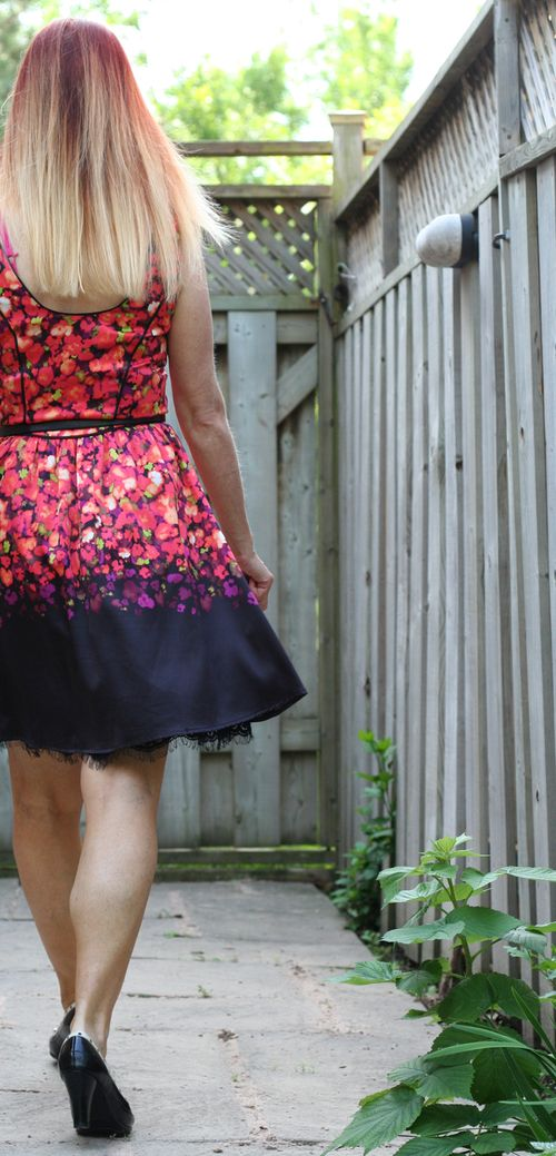 Bright floral dress for summer suzanne carillo style files