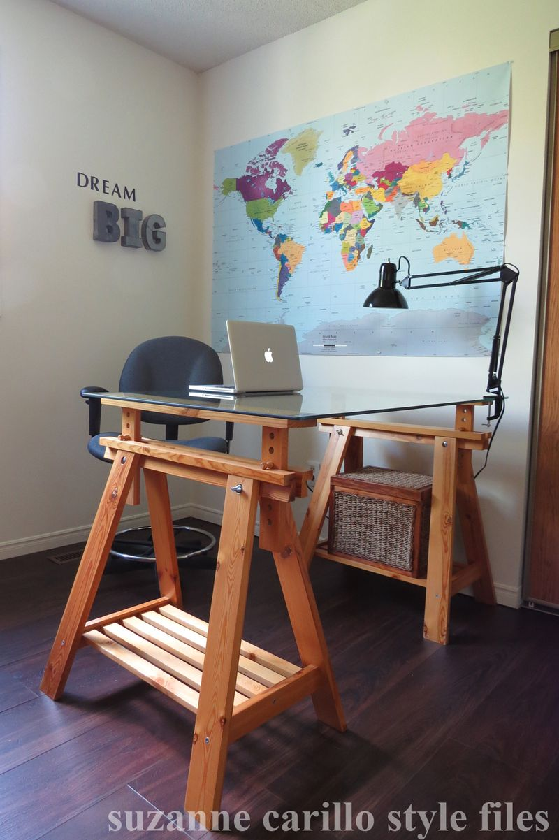 Men's home office idea dream big copy