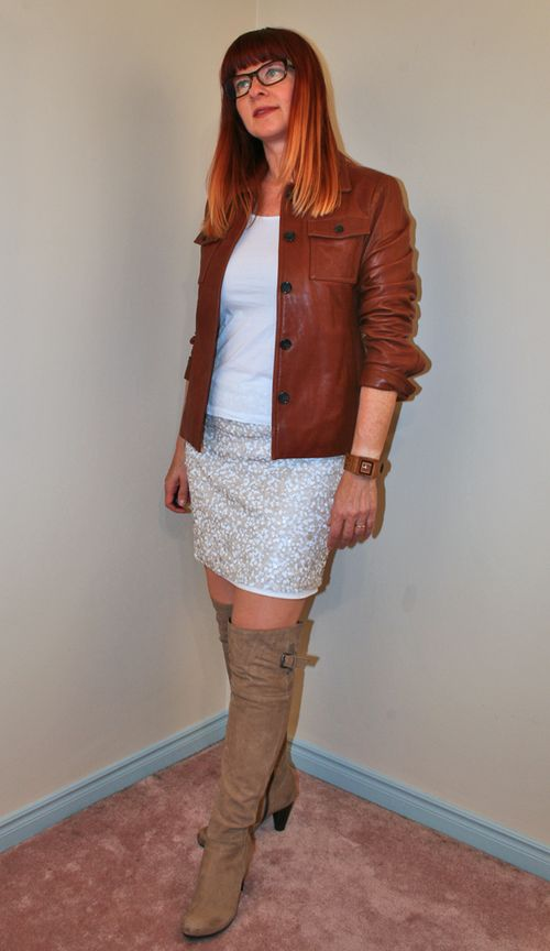 How to wear sequins during the day Tall boots sequined skirt